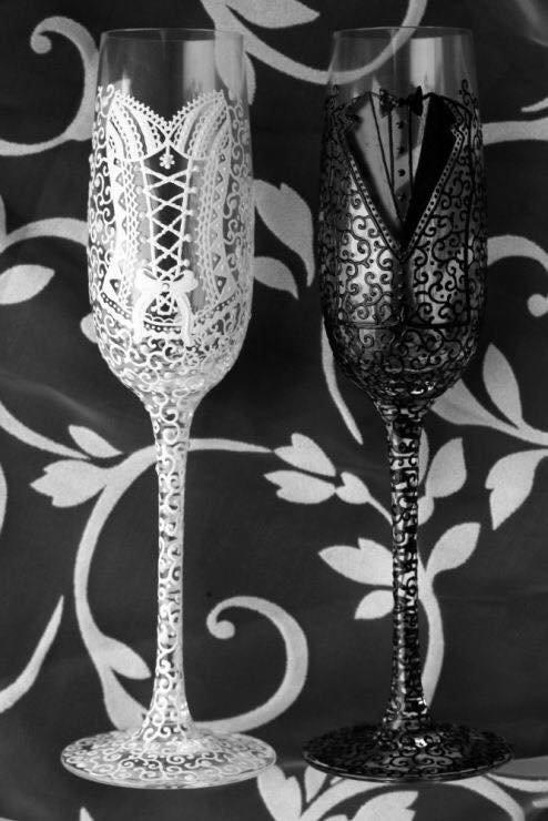 Verres à Champagne mariage mariée et le marié - noir et blanc charme mariage