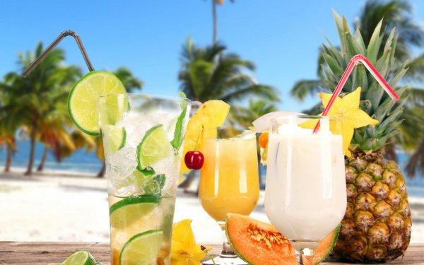 Cocktail exotique aux bord  de la mer