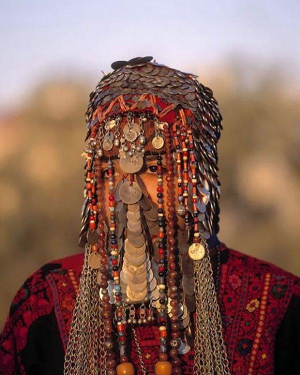 région de Ribnovo en Bulgarie... yemenite juive .... allemande .... javanais