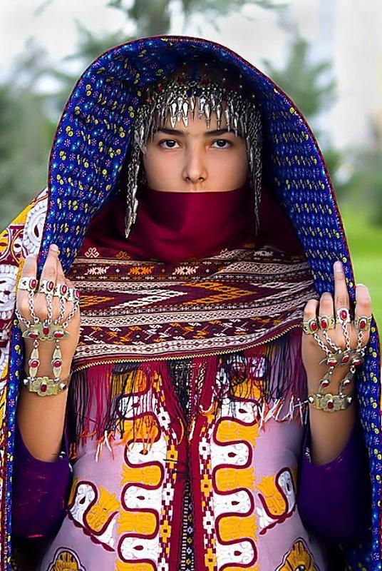 Djakarta Masai (Kenya) .... polonais.... turkmène ....