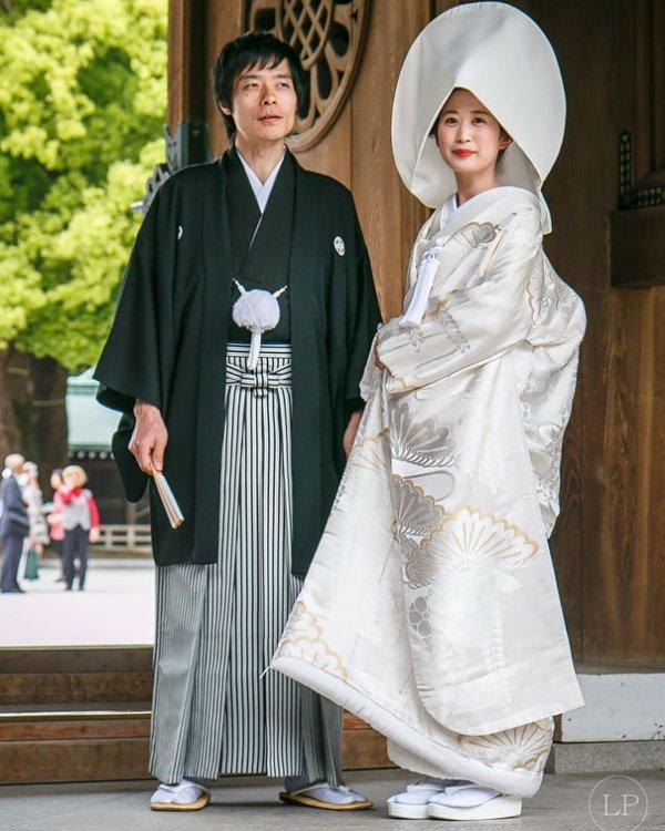 mongole .... nigérianne ...Au Ghana ... japonais ...