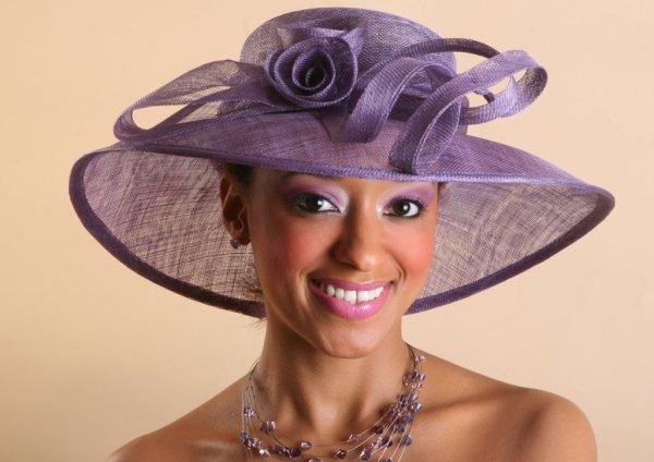 Superbe chapeau femme, toute cérémonie mariage, cocktail,