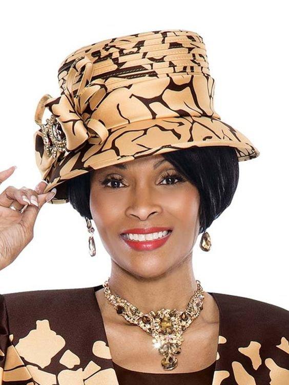 Comment porter le chapeau pour une femme ?