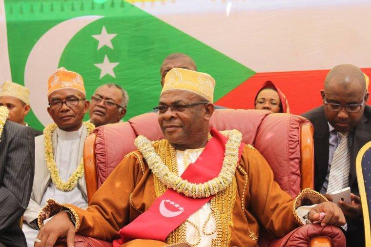L'ancien gouverneur, Hadj Anissi Chamsidine, se marie-t-il à Mutsamudu ?
