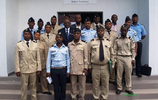 Les salaires de la police nationale sont considérablement revus à la baisse