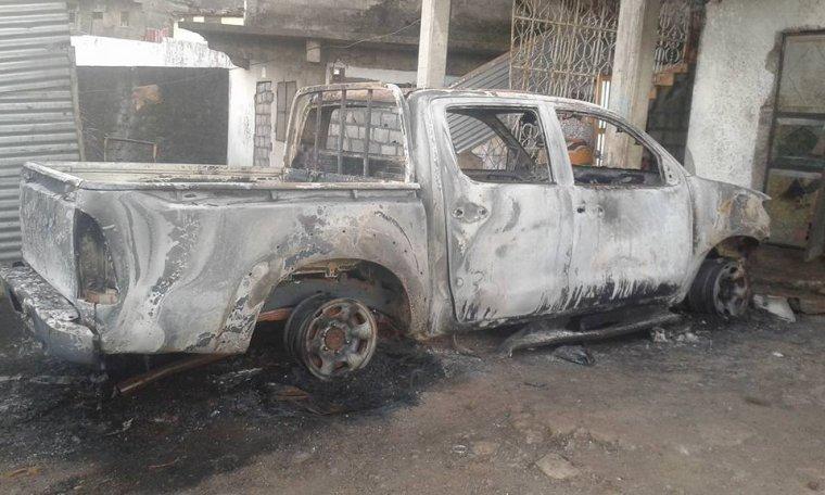 Voitures de l'Exécutif d'Anjouan incendiées : des arrestations et des détentions arbitraires