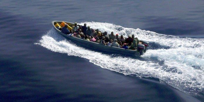 Témoingnages du naufrage d'un kwassa kwassa au large de Domoni, un bilan macabre