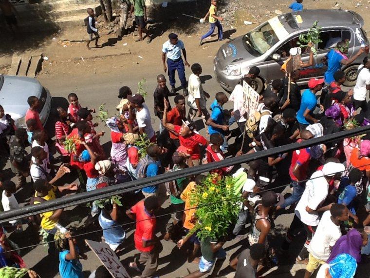 Manifestation des élèves à Anjouan : « RISITSAHA RISOME »