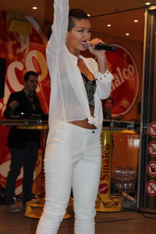 Nora Istrefi - 2012