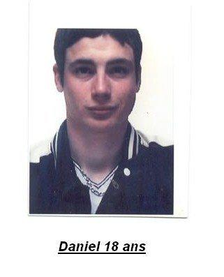 Daniel en plus jeune!!