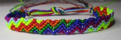 Macramé : bracelet 13