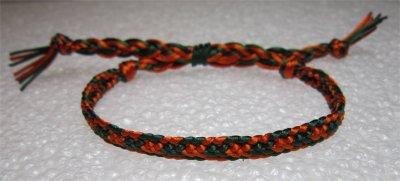 Kumihimo : bracelet plat à chevron 3