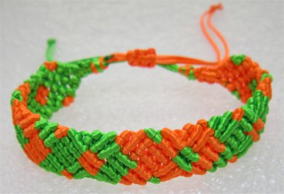 Macramé : bracelet 20