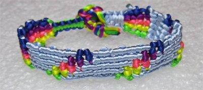 Macramé : bracelet Cavandoli 1