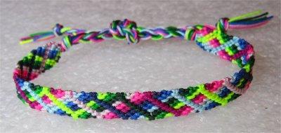 Macramé : bracelet 23