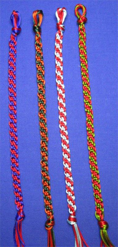 Kumihimo : bracelets plats à rayures obliques 12 à 15
