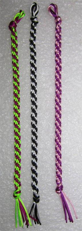 Kumihimo : bracelets plats à rayures obliques 29 à 31