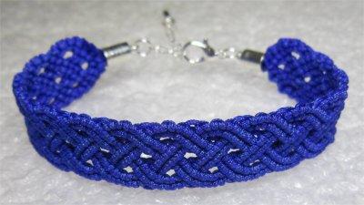 Macramé : bracelet celtique 3 monté