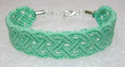 Macramé : bracelet celtique 6 monté
