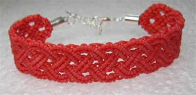 Macramé : bracelet celtique 9 monté