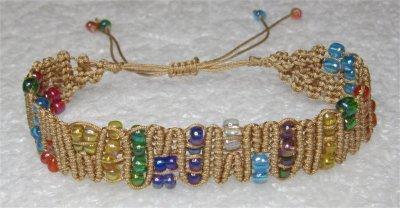 Macramé : bracelet Snaky ZigZag avec perles