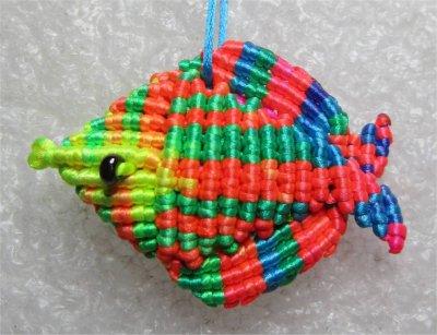 Macramé : poisson 1