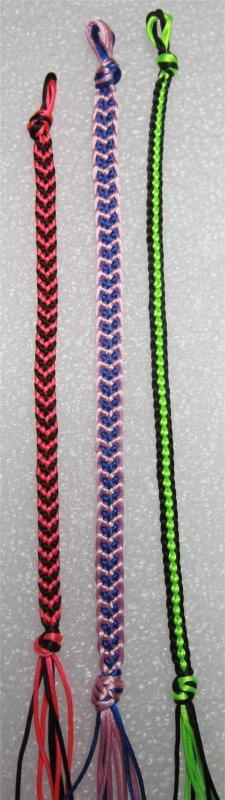 Kumihimo : bracelet plat chainette 30 et bracelets chevrons 16 et 17