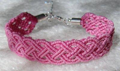 Macramé : bracelet celtique 19 monté