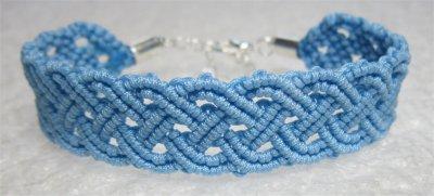 Macramé : bracelet celtique 21 monté
