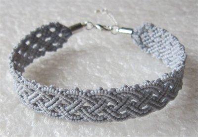 Macramé : bracelet celtique 23 monté