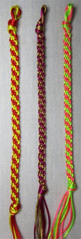 Kumihimo : bracelets plats à rayures obliques 41 à 43