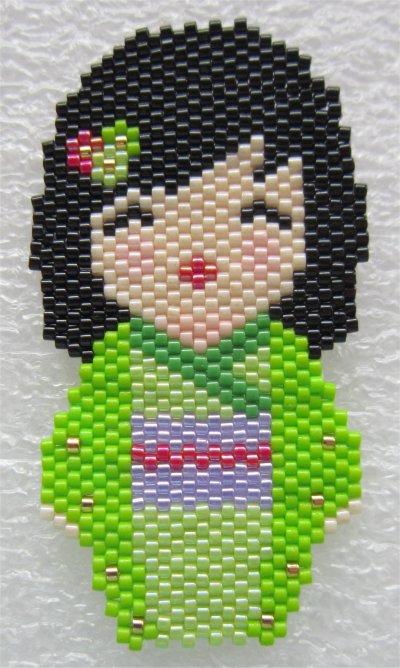 Perles : kokeshi Mulan