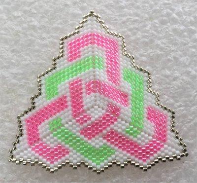 Perles : pendentif noeud celtique 3