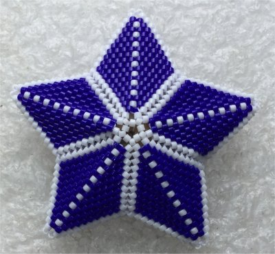 Perles : étoile 3D 1