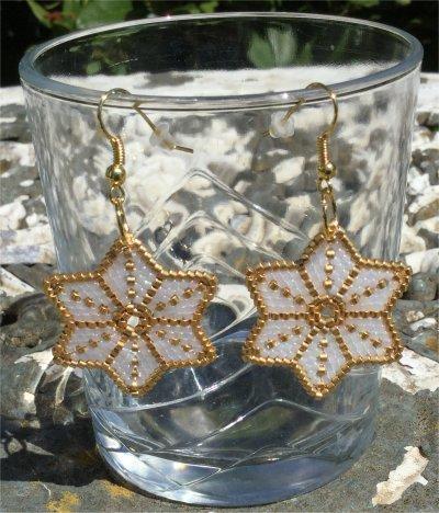 Perles : boucles d'oreilles étoiles 1