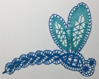 Dentelle : la libellule en soie