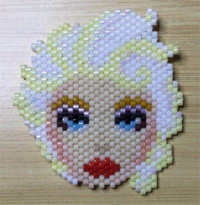 Perles : visage d'Elsa