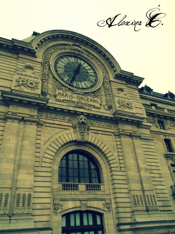 Paris capitale du bonheur.
