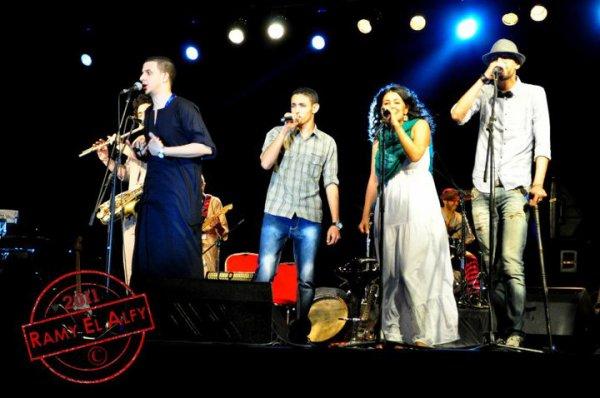 El Bent Elshlbya - Live - Feat Dina Elwedidi (2012)