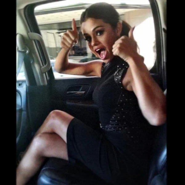 Selena gomez toujour magnifique :)