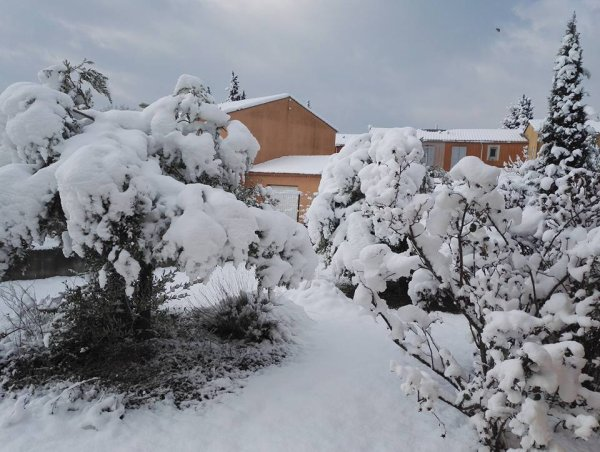 Neige Brignoles 26 et 28 fevrier