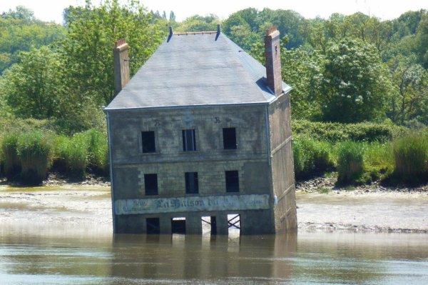"""""""La Maison dans la Loire"""""""