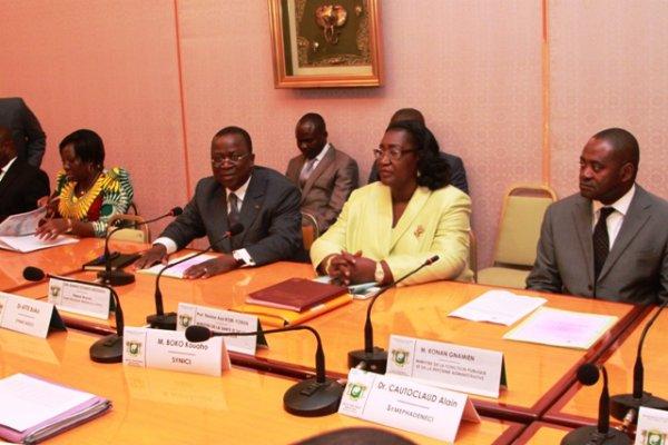 Echanges avec les syndicats du monde de la Santé : Le Premier ministre Ahoussou pour un début de solutions aux revendications