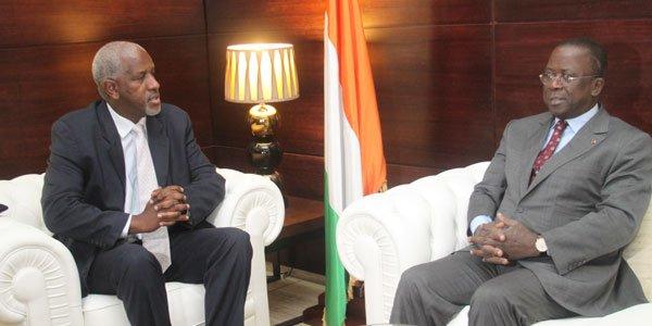 Droits de l'Homme : Le Premier ministre Ahoussou échange avec le nouveau Chef de Division de l'Onuci en Cote d'Ivoire