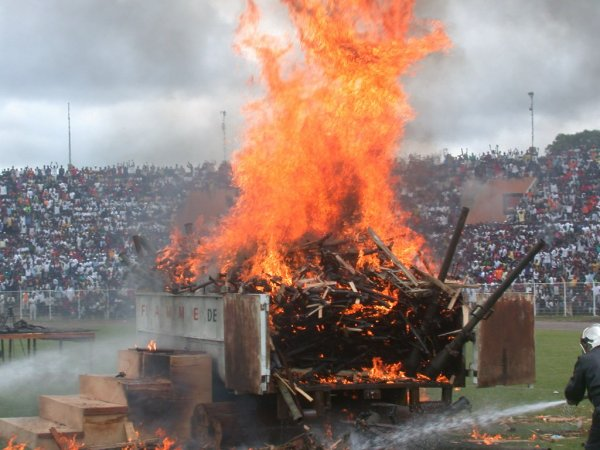 Flamme de la Pax : 30 Juillet 2007 -30 Juillet 2012, 5 ans déjà