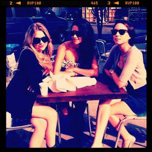 Ashley et Shay et Troian