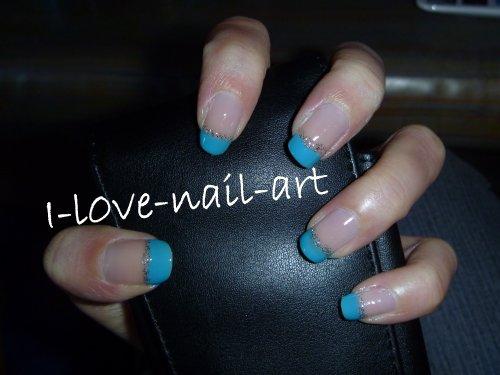 Nail art bleu et paillet blog de i l0ve nail art - Nail art bleu ...