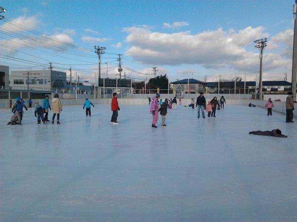 Le dimanche 8/12, à la patinoire