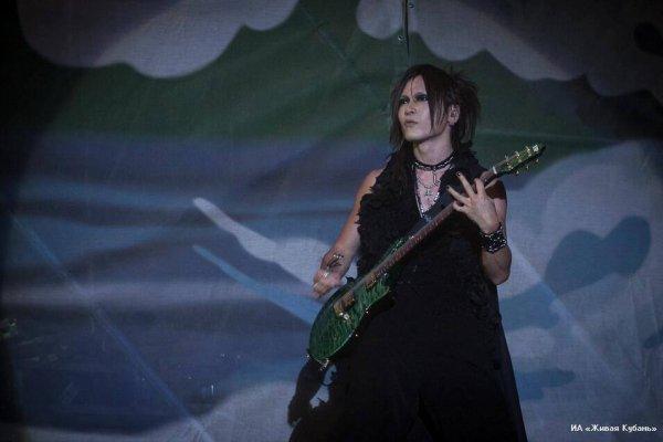 KUBANA live // Festival de Russie 2O13 [the GazettE]