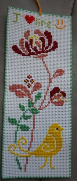 Broderie marque-page